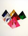 Marturie nunta piramida din sticla colorata