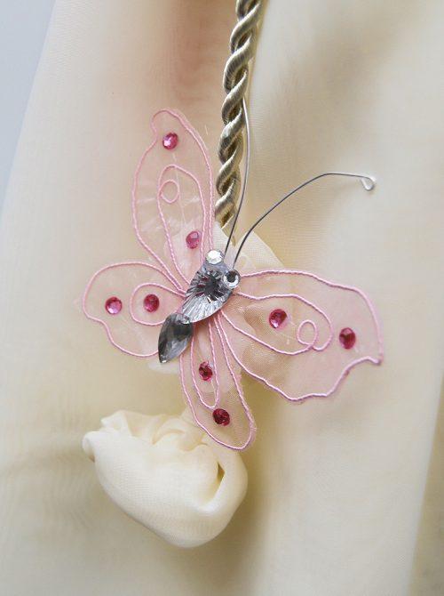 Lumanare botez cu decor crem si accesorii roz 2