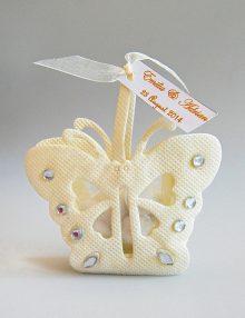 Marturie botez bomboniera fluture crem cu personalizare