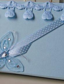 Cutie bleu pentru cruciulitele de botez