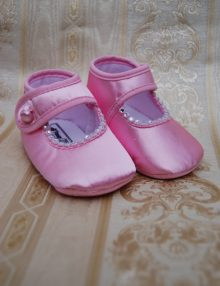 Pantofiori din satin roz cu pietre