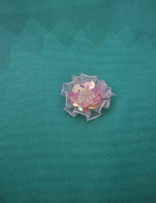 Accesoriu floare cu paiete pentru decor