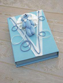 Cutie bleu pentru cruciulite botez cu ursulet