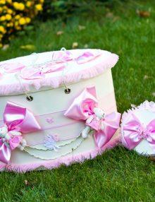 Set cutii ovale pentru trusou botez cu decor roz