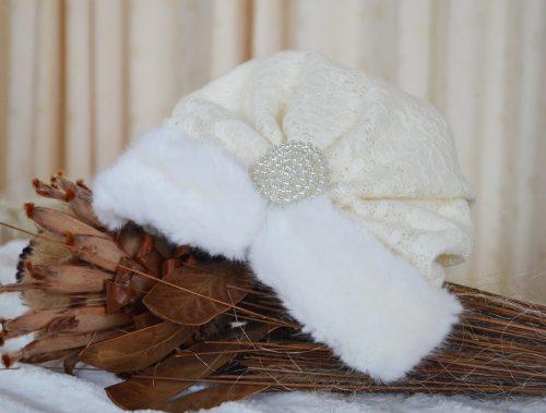 Set de iarna, din stofa brodata cu aplicatii din blanita 5