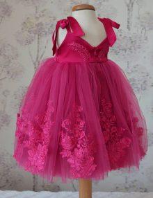 rochita-botez-fetita-elegant